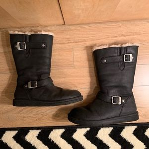 EUC black Uggs with buckles size 9